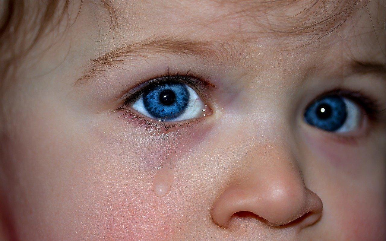 Cum poţi discuta cu copilul tău despre durere?